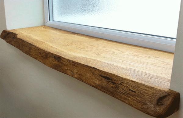 деревянный подоконникотличается
