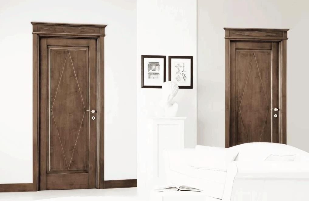деревянные двери в интерьере на заказ